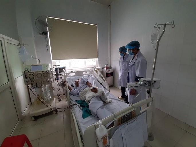 Clip: Trống trơn nơi chạy thận Bệnh viện đa khoa Nghệ An sau sự cố y khoa - Ảnh 4.