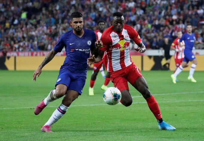 Chelsea thắng 3 trận liên tiếp, Liverpool ngược dòng quật ngã Lyon - Ảnh 2.