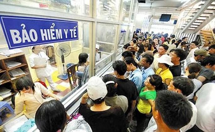 Dịch vụ khám bệnh cho người không có thẻ BHYT sẽ tăng giá - Ảnh 1.
