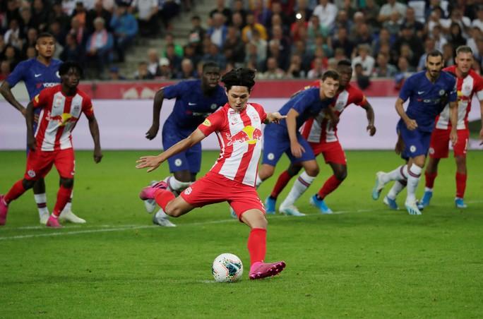 Chelsea thắng 3 trận liên tiếp, Liverpool ngược dòng quật ngã Lyon - Ảnh 5.