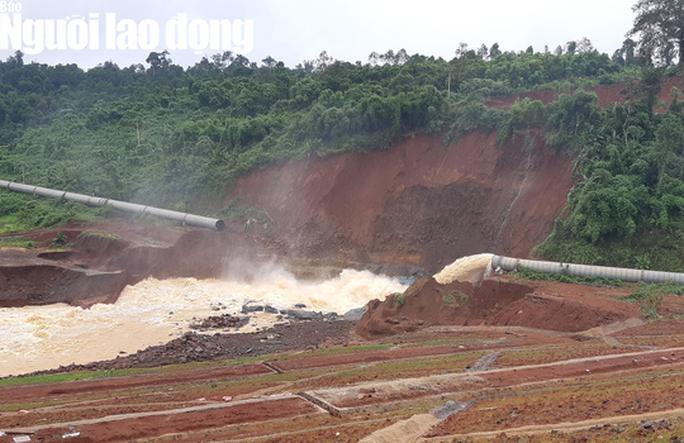 Cận cảnh giải thoát bom nước thủy điện Đắk Kar - Ảnh 8.