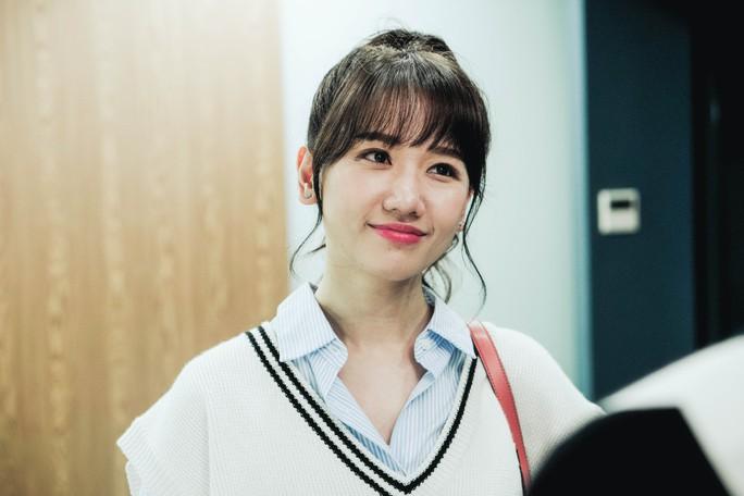 Hari Won không sợ Trấn Thành ghen khi đóng cảnh hôn - Ảnh 3.