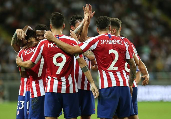 Sao trẻ Joao Felix cho Ronaldo ngửi khói, Atletico thắng đẹp Juventus - Ảnh 6.