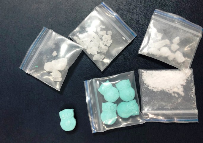 Sinh viên mua ma túy về phòng trọ sử dụng thì bị bắt gọn - Ảnh 1.