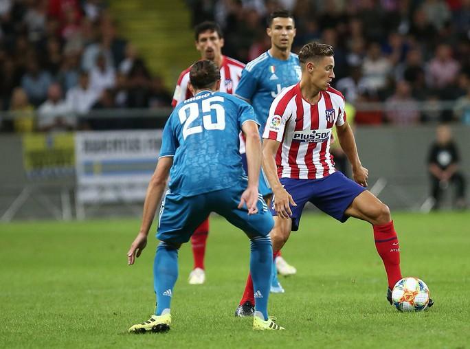 Sao trẻ Joao Felix cho Ronaldo ngửi khói, Atletico thắng đẹp Juventus - Ảnh 5.