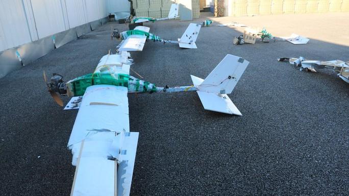 UAV cảm tử dồn dập lao vào căn cứ Nga tại Syria - Ảnh 2.
