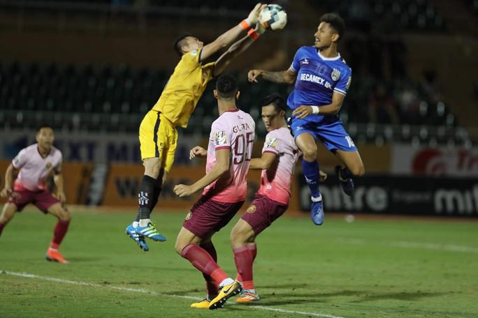Còn 11 CLB lo rớt hạng V-League sau vòng 20 - Ảnh 1.