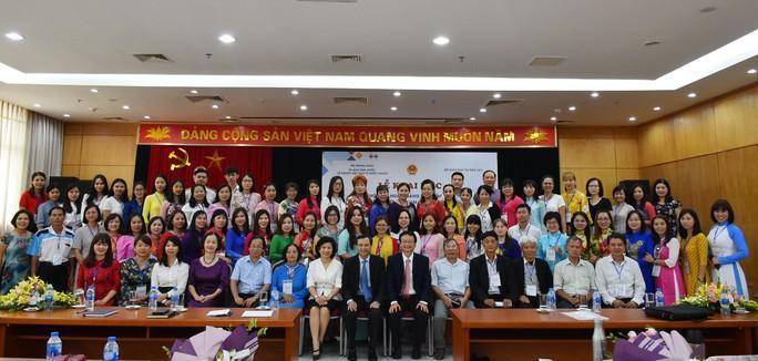 Tập huấn giảng dạy tiếng Việt cho 80 giáo viên người Việt Nam ở nước ngoài - Ảnh 2.