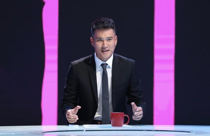 Công Vinh lần đầu sắm vai MC dẫn chương trình Thứ 9 Ngoại hạng trên K+ - Ảnh 4.