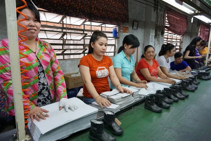Bộ luật Lao động sửa đổi: Phải vì sức khỏe, tương lai người lao động - Ảnh 1.