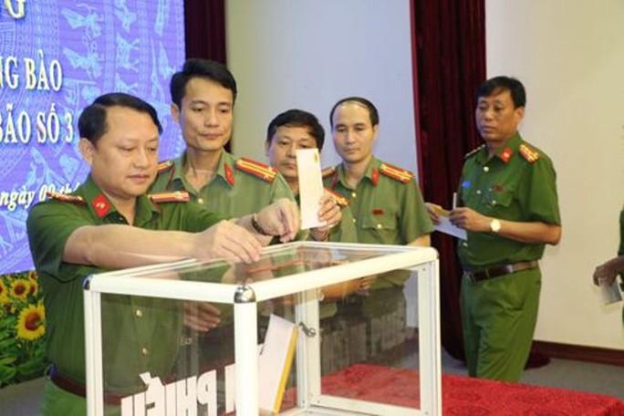 Công an tỉnh Thanh Hóa không tổ chức lễ kỷ niệm ngày truyền thống Công an nhân dân - Ảnh 3.