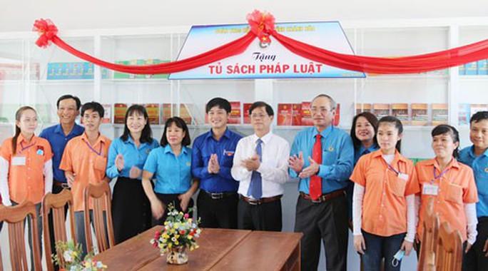 Khánh Hòa: Khánh thành điểm sinh hoạt cho công nhân - Ảnh 1.