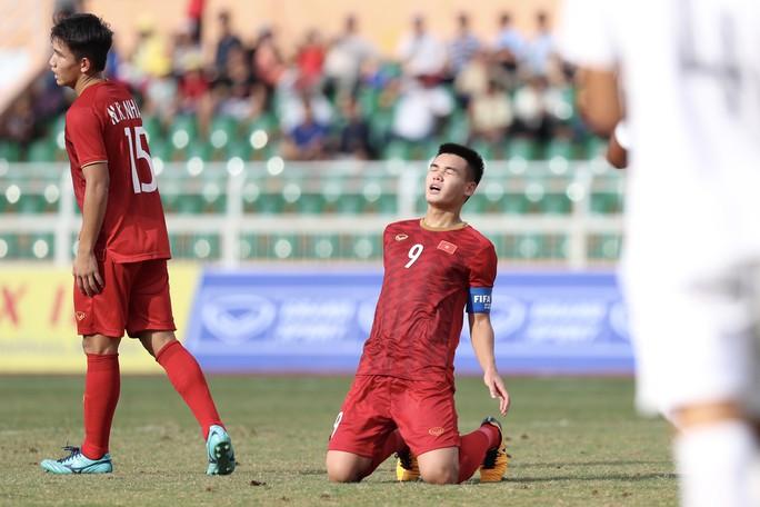 HLV Hoàng Anh Tuấn từ chức, không dắt U19 Việt Nam dự giải châu Á - Ảnh 1.