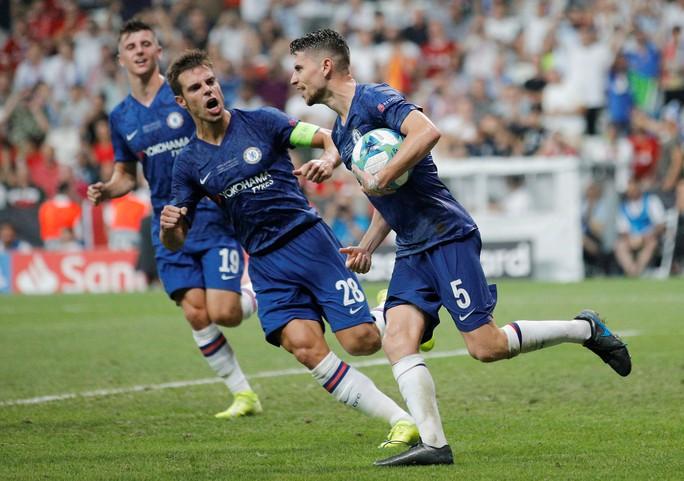 Kép phụ Adrian tỏa sáng, Liverpool đoạt Siêu cúp châu Âu - Ảnh 9.