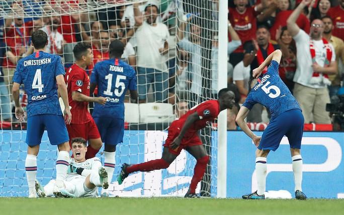 Kép phụ Adrian tỏa sáng, Liverpool đoạt Siêu cúp châu Âu - Ảnh 7.