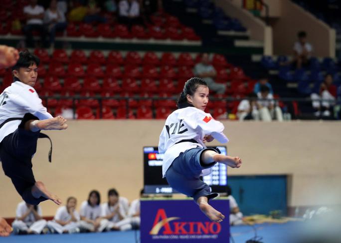 Châu Tuyết Vân cùng đồng đội bay như chim tại giải Vô địch Taekwondo châu Á mở rộng 2019 - Ảnh 2.