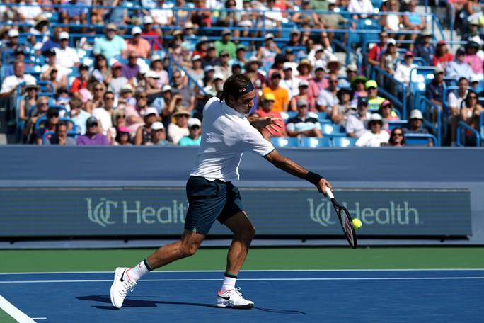 Federer thi đấu tệ, sớm bị loại ở Cincinnati Open 2019 - Ảnh 4.
