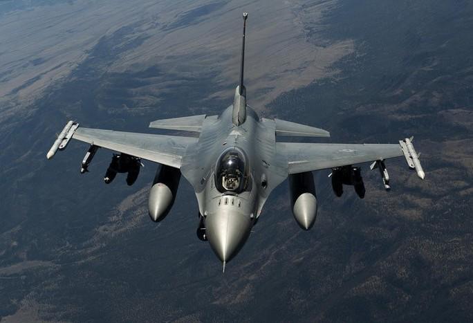Mỹ định bán 66 chiến đấu cơ F-16 cho Đài Loan - Ảnh 1.