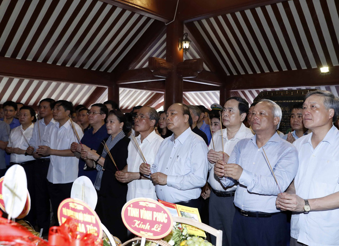Tưởng nhớ Bác Hồ, hun đúc khát vọng dân tộc - Ảnh 1.