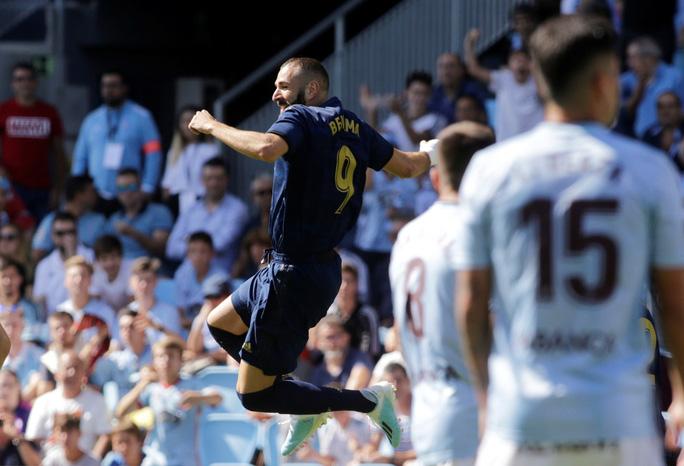 Gareth Bale đòi lại danh dự, Real Madrid vượt lên ngôi đầu La Liga - Ảnh 2.