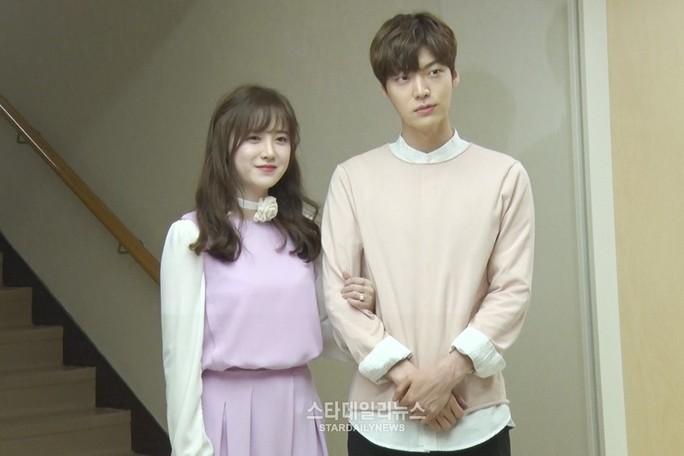 Goo Hye Sun bị Ahn Jae Hyun đòi ly dị - thêm chuyện tình cổ tích sắp tan vỡ - Ảnh 1.