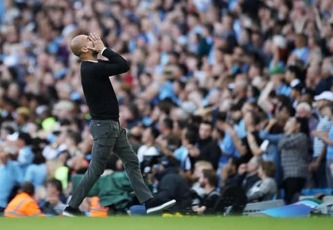 VAR cứu Tottenham, Man City ôm hận đại chiến  - Ảnh 5.