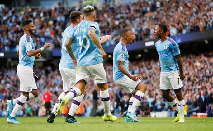 VAR cứu Tottenham, Man City ôm hận đại chiến  - Ảnh 3.