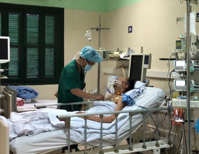 Bệnh viện Việt Đức thiết lập kỷ lục mới, ghép 6 tạng cho 5 người - Ảnh 2.