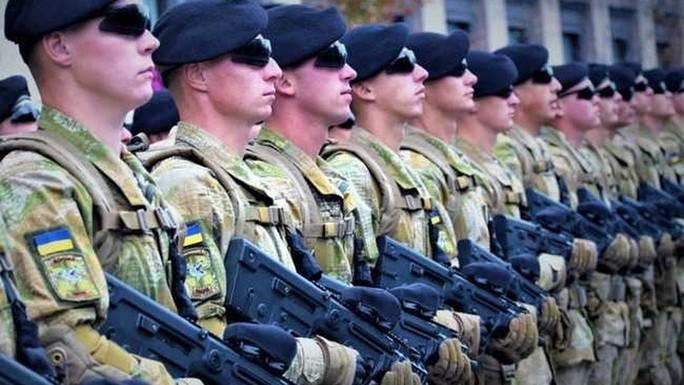Báo Đức: Đông Âu rầm rộ vũ trang vì... sợ Nga - Ảnh 2.