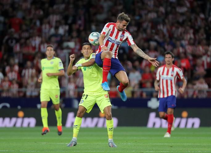 Đua tốc độ kinh hoàng, sao trẻ Atletico Madrid gây sốc La Liga - Ảnh 1.