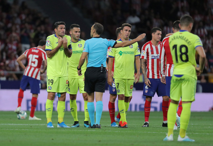 Đua tốc độ kinh hoàng, sao trẻ Atletico Madrid gây sốc La Liga - Ảnh 2.