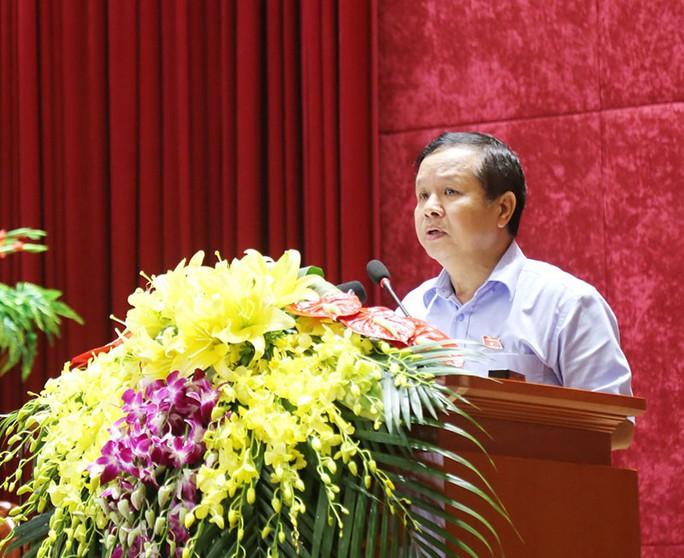 Đề nghị Ban Bí thư cách chức Giám đốc Sở GD-ĐT tỉnh Hòa Bình - Ảnh 1.