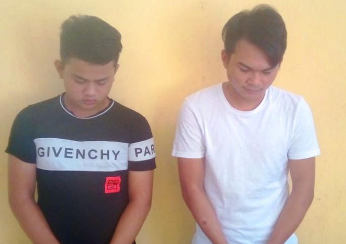 2 thanh niên dùng mạng xã hội Facebook lừa đảo 400 triệu đồng - Ảnh 2.