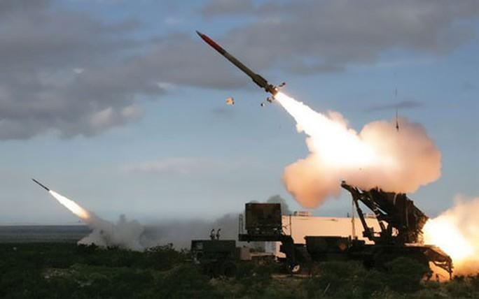 Mỹ - Nga khai tử hiệp ước kiểm soát vũ khí - Ảnh 1.