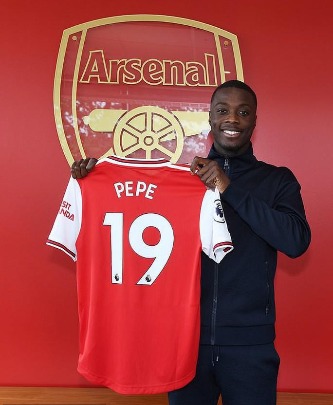 Đàm phán siêu đỉnh, Arsenal sắm sao Pepe chỉ với 20 triệu bảng - Ảnh 6.