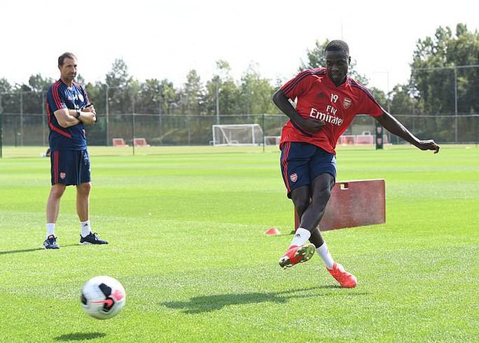 Đàm phán siêu đỉnh, Arsenal sắm sao Pepe chỉ với 20 triệu bảng - Ảnh 4.