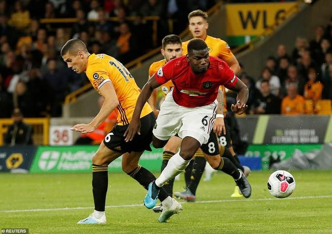 Paul Pogba đóng vai tội đồ, Man United mất thắng ở hang sói - Ảnh 7.