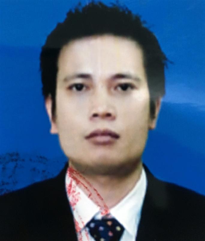 Bộ Công an truy nã Trần Khắc Hùng, Chủ tịch HĐQT Trường ĐH Đông Đô - Ảnh 1.