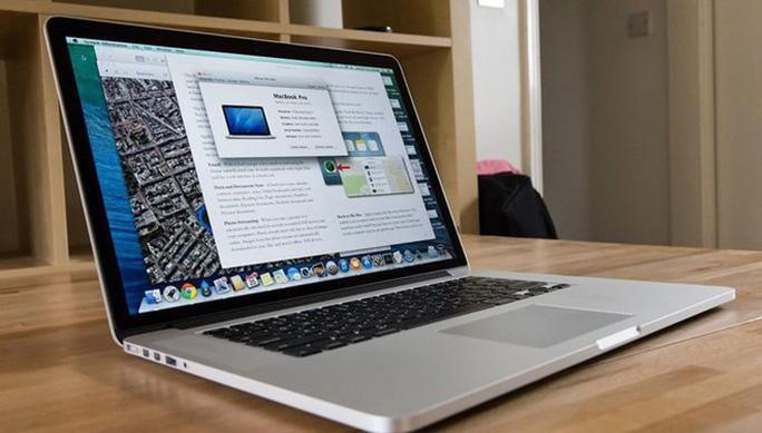 Cục Hàng không Việt Nam cấm mang Macbook Pro 15 inch lên máy bay - Ảnh 1.