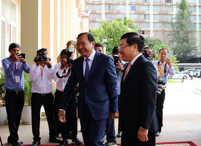 Việt Nam-Campuchia ký biên bản thỏa thuận hợp tác trong 28 lĩnh vực - Ảnh 2.