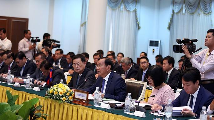 Việt Nam-Campuchia ký biên bản thỏa thuận hợp tác trong 28 lĩnh vực - Ảnh 5.