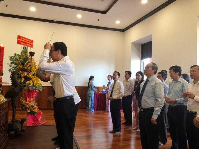 Đoàn lãnh đạo cấp cao TP HCM thăm và làm việc ở Singapore, Indonesia - Ảnh 1.
