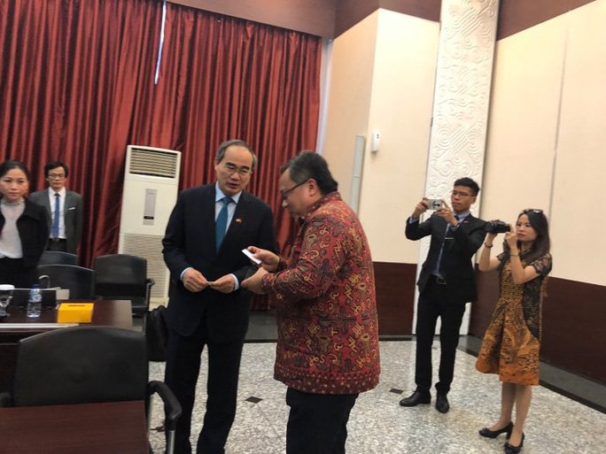 Bí thư Nguyễn Thiện Nhân thăm và làm việc gần như không ngơi nghỉ ở Indonesia - Ảnh 1.