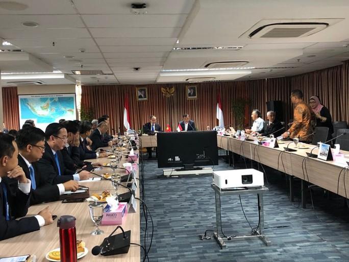 Bí thư Nguyễn Thiện Nhân đề xuất kết nối hàng không, hàng hải  Việt Nam - Indonesia - Ảnh 1.