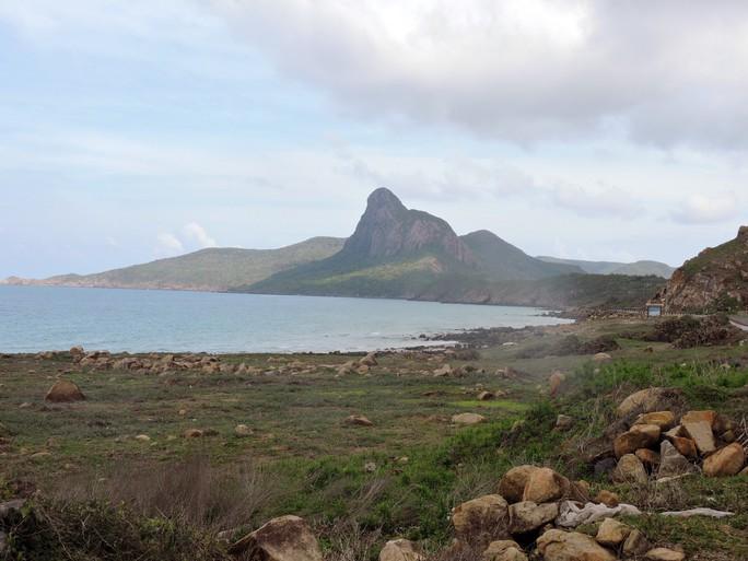 Bỏ phương án đưa rác từ Côn Đảo vào đất liền chôn lấp - Ảnh 3.