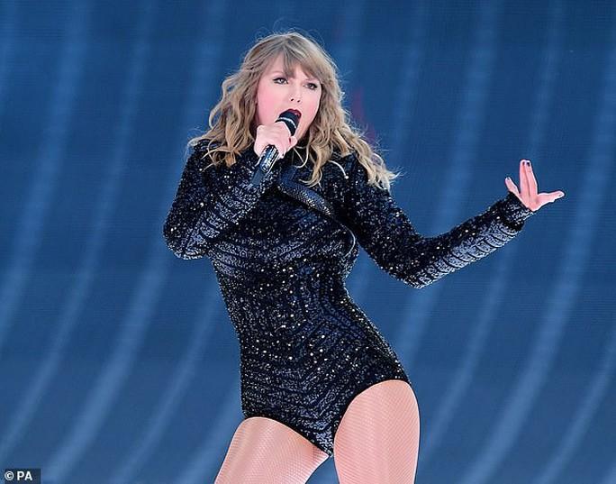 Taylor Swift tiết lộ bí kíp phòng ngừa tấn công tình dục - Ảnh 1.
