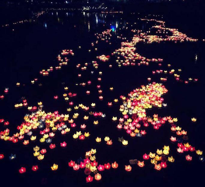Ầm ĩ vụ việc 30.000 hoa đăng thả xuống vịnh Lan Hạ gây ô nhiễm - Ảnh 3.