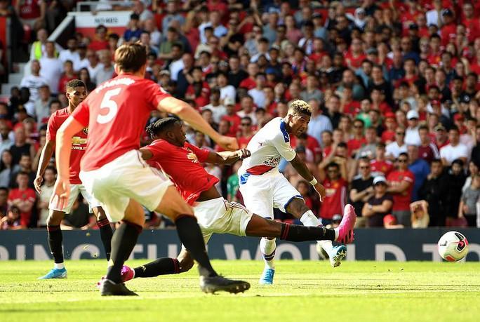 Man United thua sốc Crystal Palace, báo chí Anh chỉ tên tội đồ - Ảnh 7.