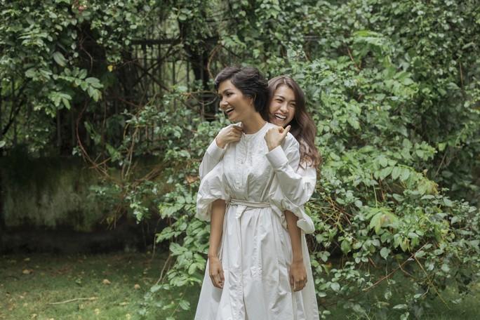 Hoa hậu H'hen Niê tung bộ ảnh mặt mộc - Ảnh 7.
