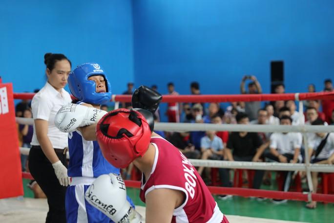Nữ hoàng muay Việt Thanh Trúc đấu boxing giúp trẻ em nghèo - Ảnh 3.